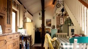 Interior - Kitchen (facing sitting room)